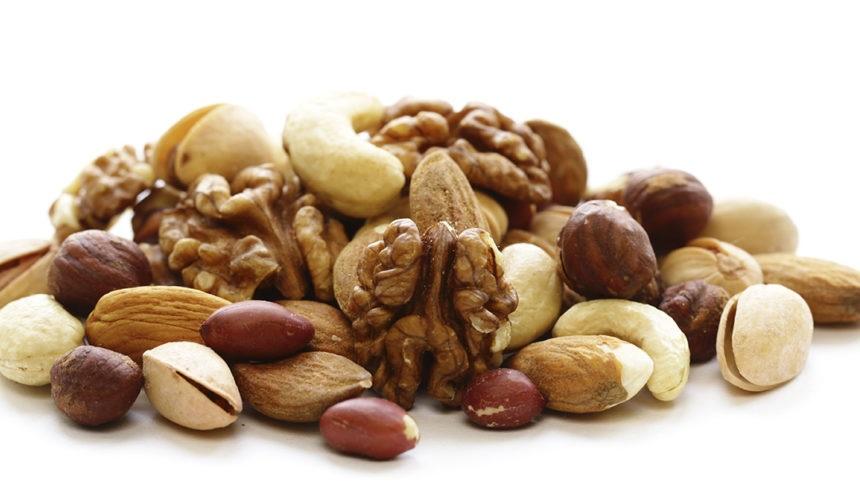 Alimentos que ajudam a prevenir e aliviar dores nas articulações