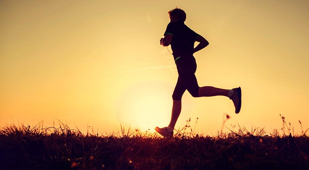 Conheça 8 benefícios da caminhada para saúde